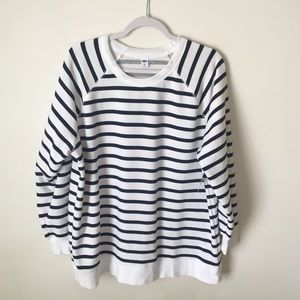 OLD NAVY STRIPED SWEATER NEW WITH TAG
